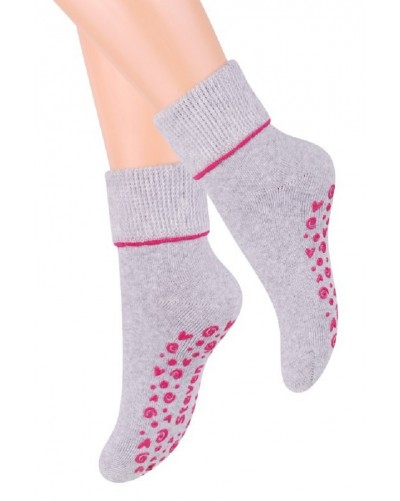 Teplé ponožky s protišmykovou šľapou ABS